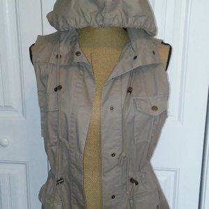 Cargo Utility Vest - Hooded - Size Small